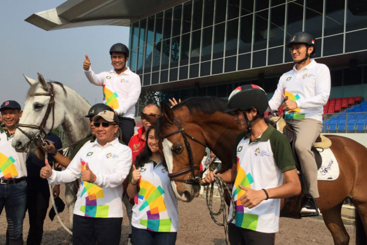 Mentan, Wagub DKI coba arena pacuan kuda Asian Games
