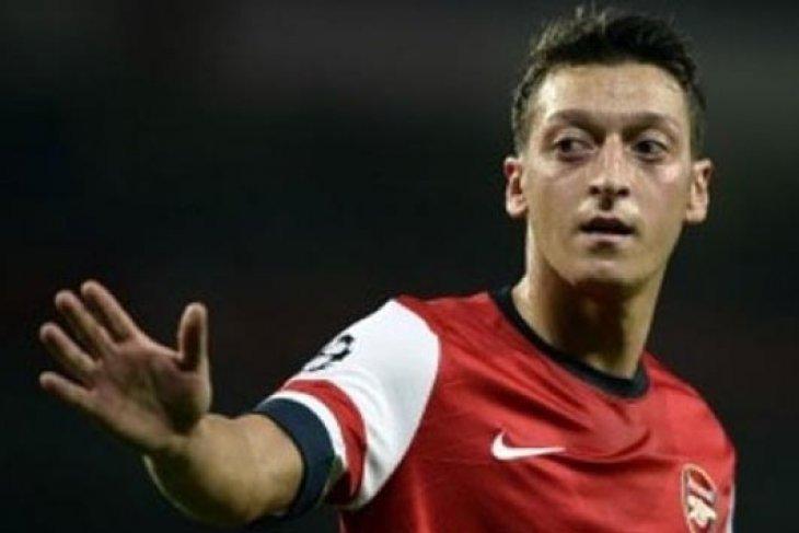 Ciutan Mesut Ozil di Twitter tuai kecaman warganet China