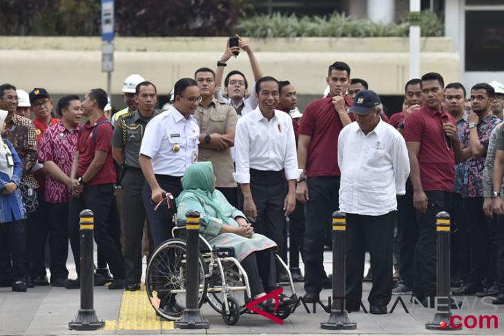 """Hari ini Jakarta, pawai obor-""""job fair"""""""