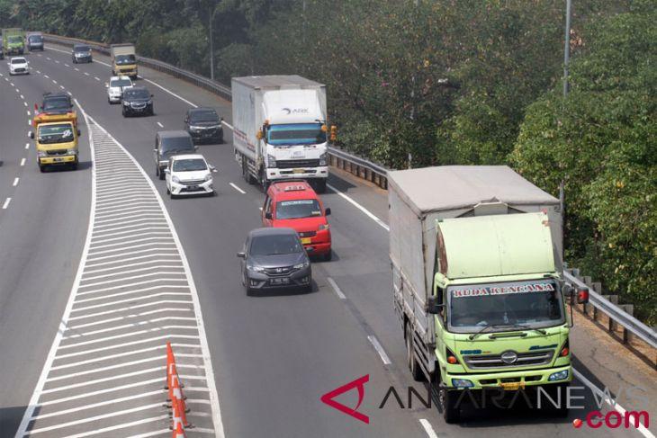 Perusahaan dan warga kalideres sepakati jam operasional truk