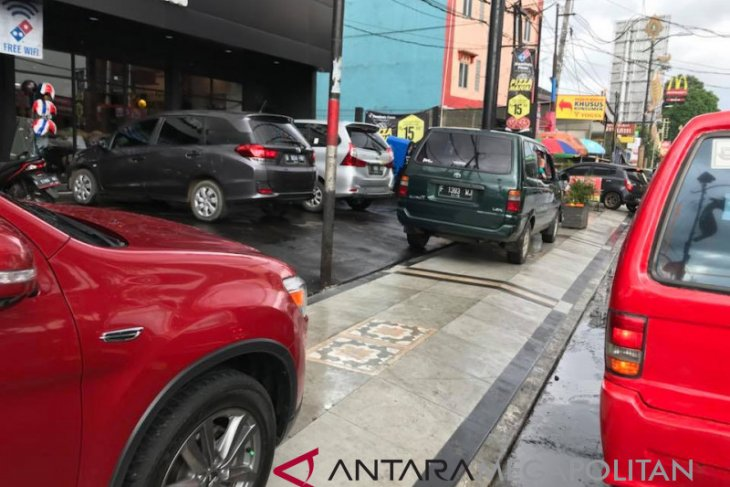 Sukabumi kembangkan sistem pembayaran parkir berlangganan