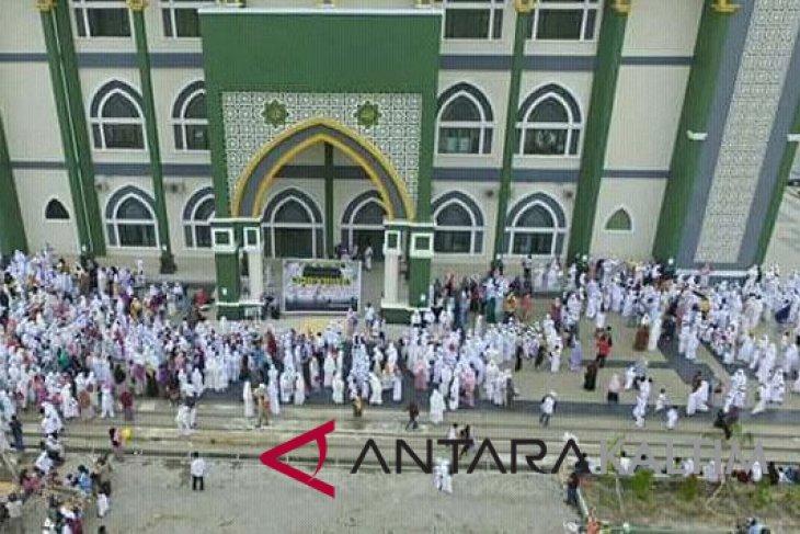 147 calhaj Penajam diberangkatkan dalam dua kloter