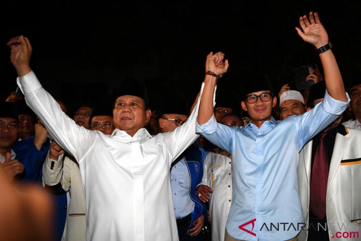 Prabowo-Sandiaga solat Jumat di Sunda Kelapa