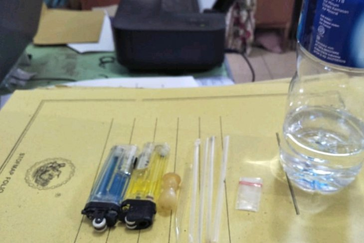 Polisi Langkat ringkus empat pemakai-pengedar narkotika