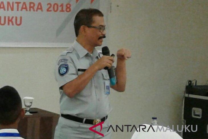 BUMN Hadir - Jasa Raharja Maluku Bantu Bina Lingkungan