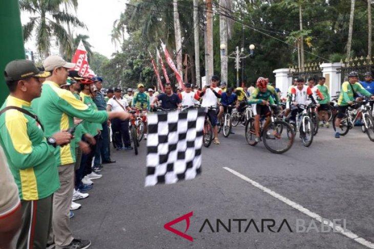Ribuan warga Pangkalpinang ikuti jalan santai Korem 045 Garuda Jaya
