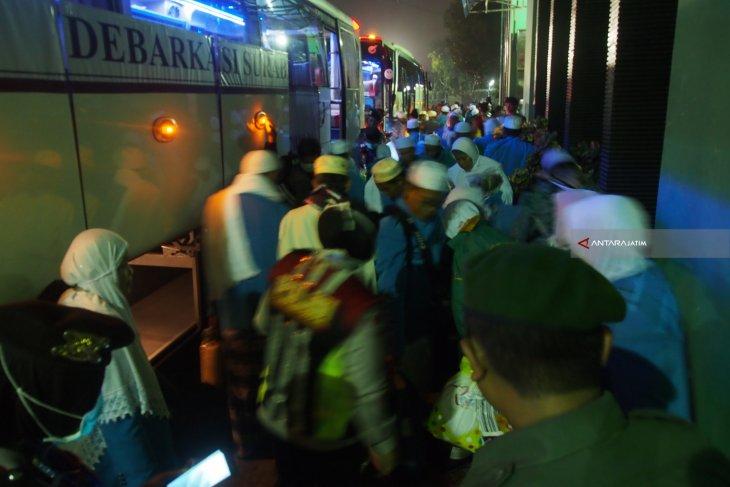 Jamaah Haji Situbondo Tiba di Tanah Air