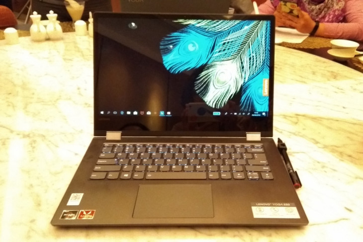 Lenovo boyong laptop Yoga 530 ke Indonesia