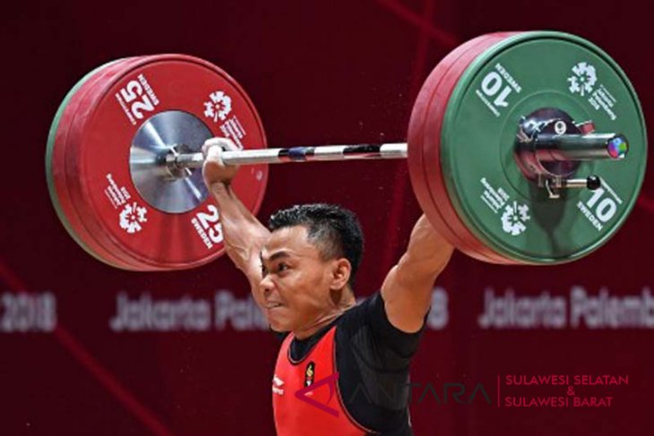 Eko peringkat ketiga kejuaraan angkat besi Asia