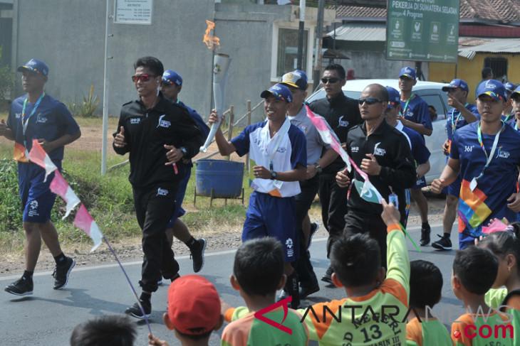 5 atlet nasional dilepas Rektor Moestopo