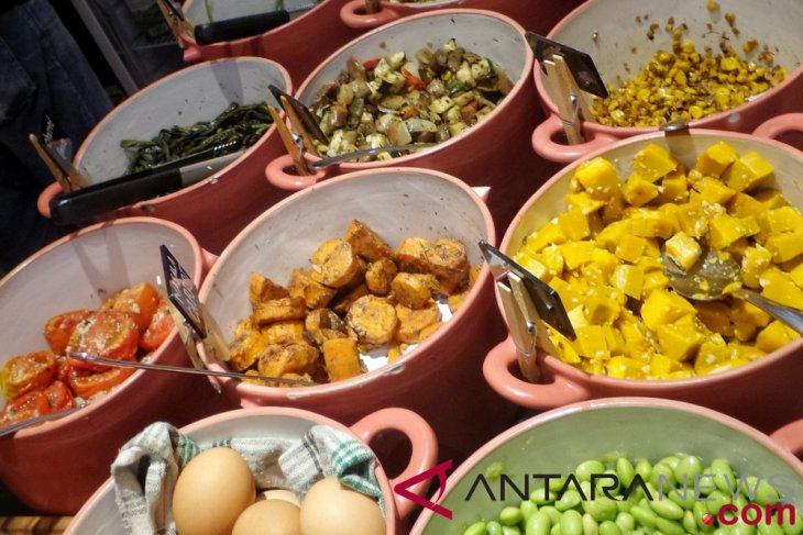 Mencicipi menu warteg sehat di Fedwell - ANTARA News
