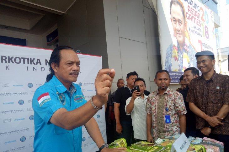 90 percent of drug smuggling into Indonesia via sea
