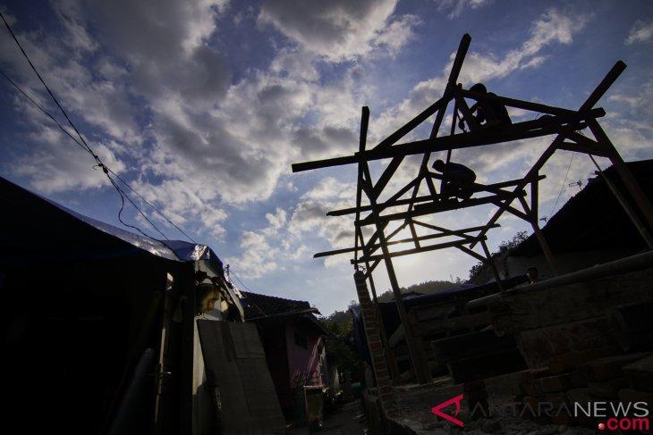 Rp15 miliar dana hibah disalurkan ke Lombok