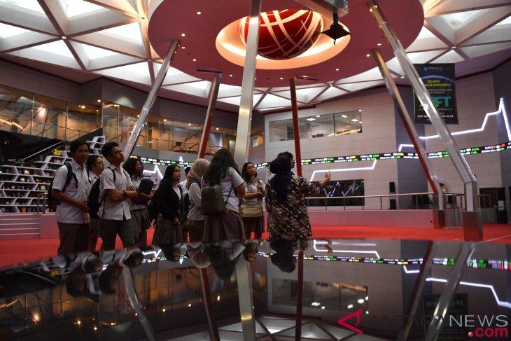 Pasar tunggu realisasi pertemuan AS dan Tiongkok, IHSG menguat