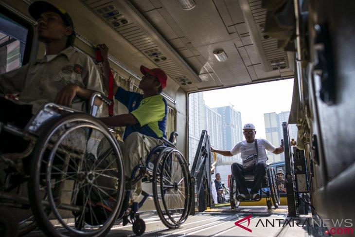 antarafoto simulasi transportasi asian para games 250918 aaa 3 - Simulasi Transportasi Asian Para Games