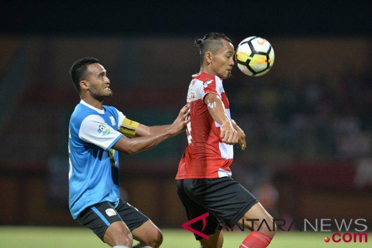 Barito Putera dipermalukan Madura United