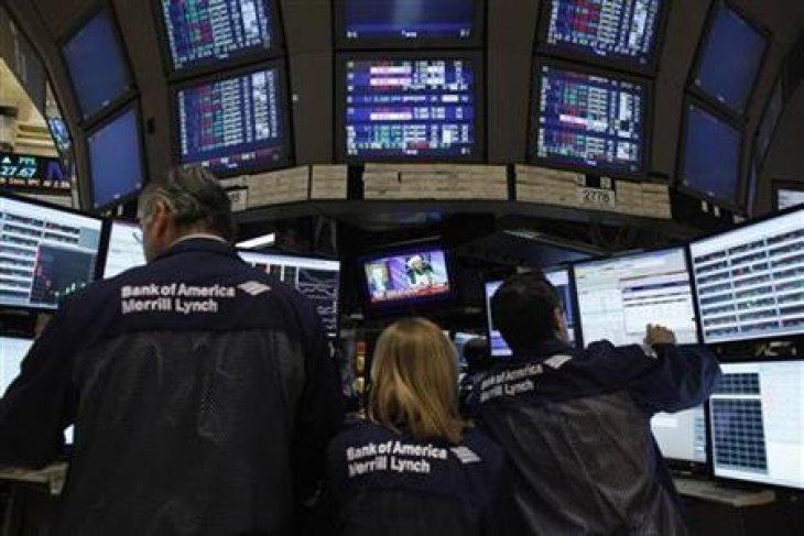 Pengumuman The Fed picu penurunan saham Wall Street