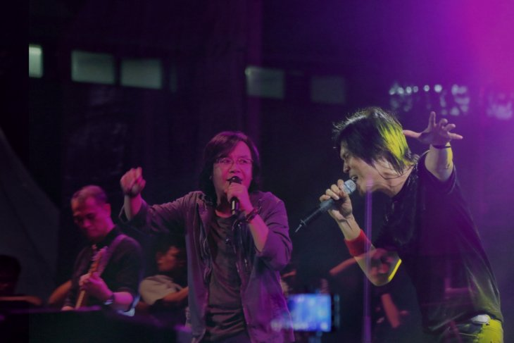 Reuni Dewa 19, Dhani, Ari Lasso dan Once di Synchronize Fest 2018