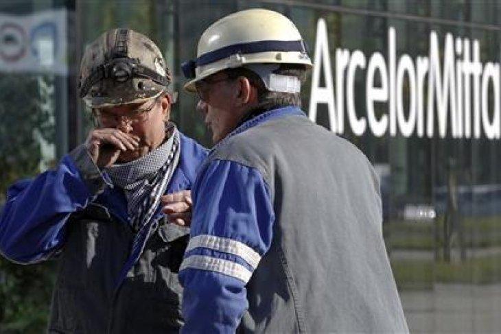 Saham perusahaan baja rontok,  Bursa Spanyol  anjlok 0,65 persen