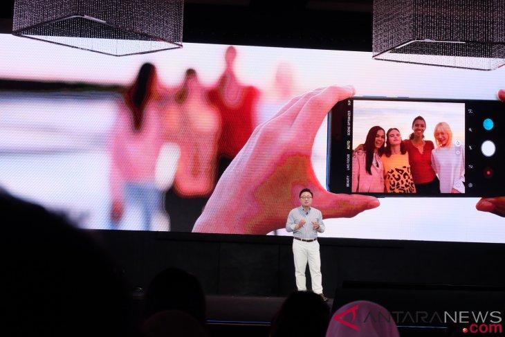 Samsung luncurkan Galaxy A9, empat kamera di belakang