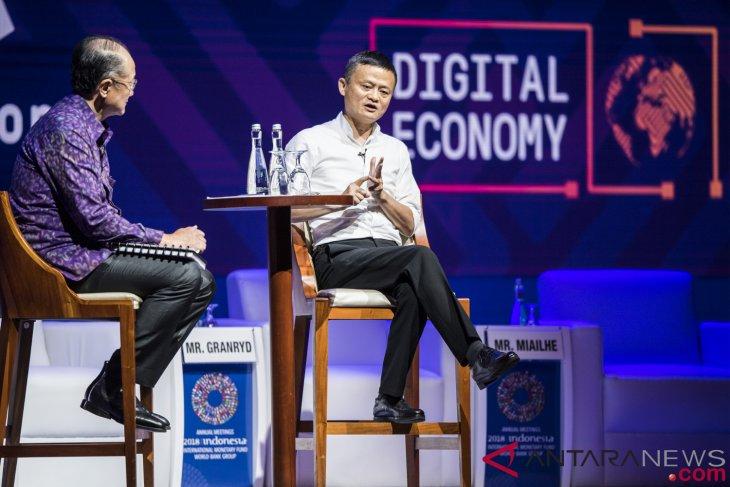 Bagi Jack Ma, kecerdasan intelektual dan emosional belum cukup