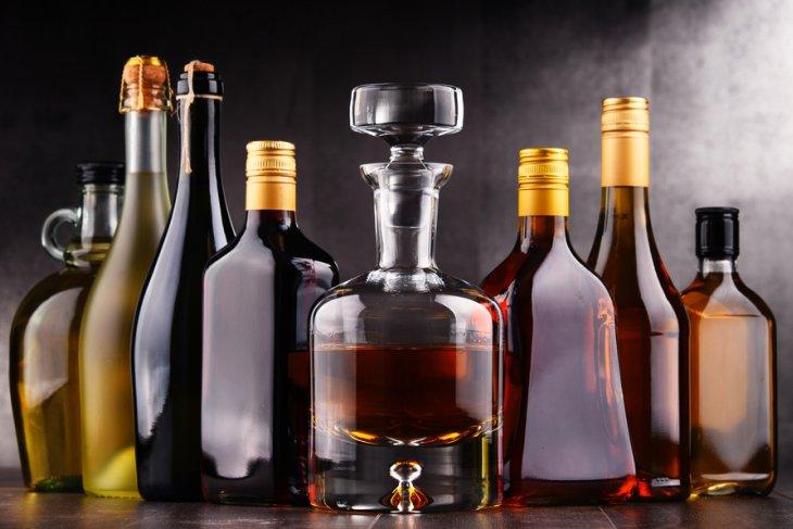 Studi: orang dewasa muda di Inggris berpaling dari alkohol