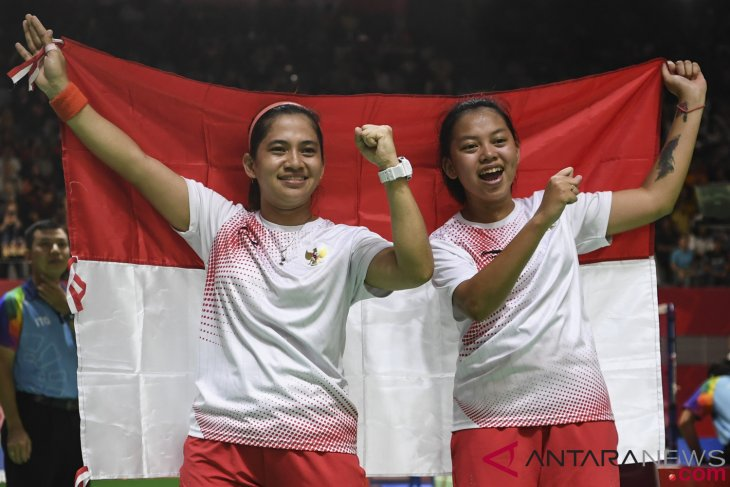Indonesia women`s doubles grab second gold in badminton