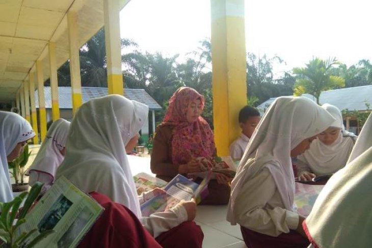 Warga Tanjung Benanak Jambi kian peduli pendidikan