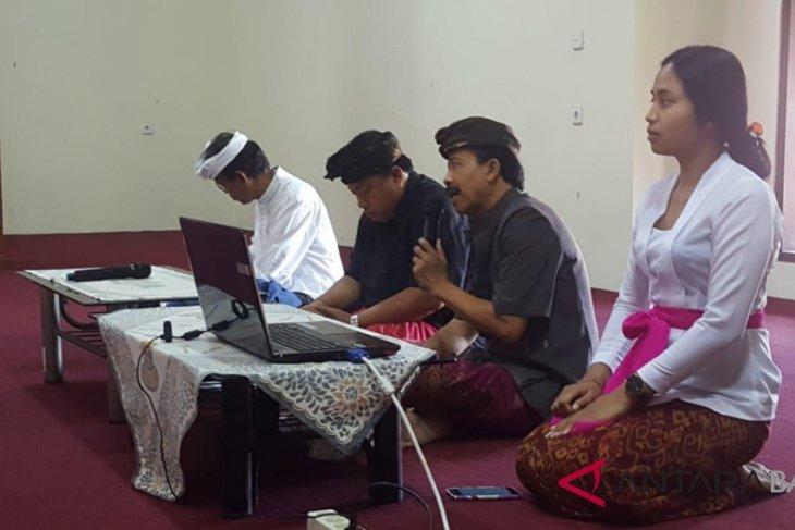 Pemprov minta MUDP teruskan Pergub Bahasa Bali hingga desa adat