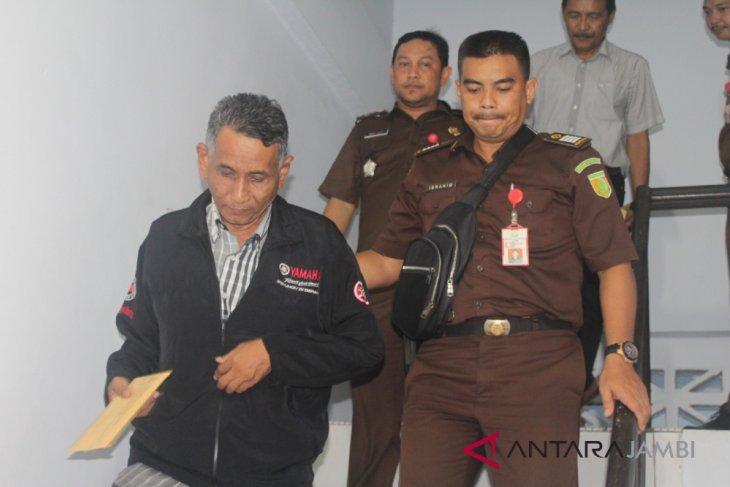 Kejati tahan dua tersangka kasus bimtek DPRD