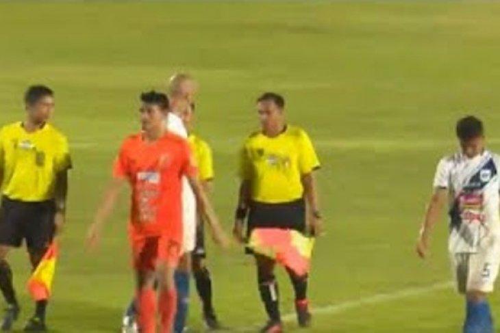 Borneo raih kemenangan tipis 2-1 atas PSIS