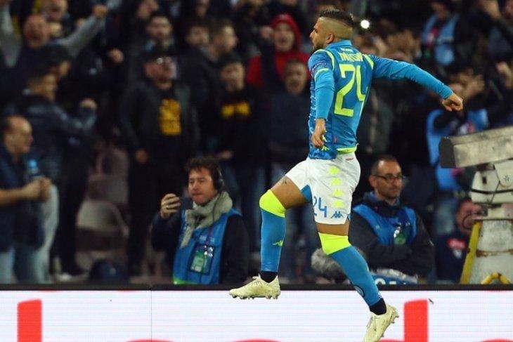 Hasil dan klasemen Grup C, Napoli kembali memimpin