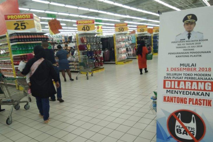 Mal Bekasi sambut positif imbauan kemasan nonplastik