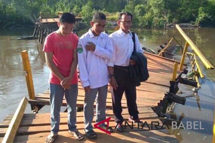 BPBD: Jembatan Kayu Besi putus dihantam banjir