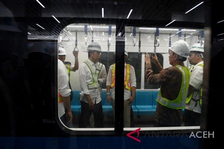 Jokowi coba MRT Bundaran HI - Lebak Bulus