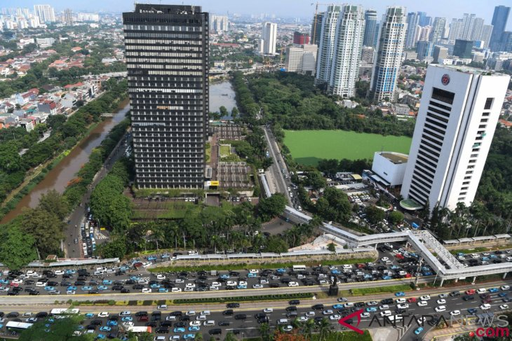 Indonesia asks investors to conduct sustainable businesses