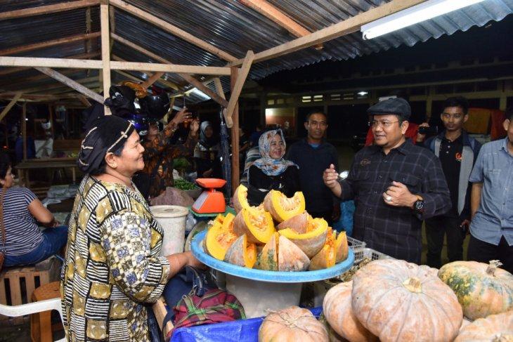 Maulana sidak Pasar Induk Talang Gulo