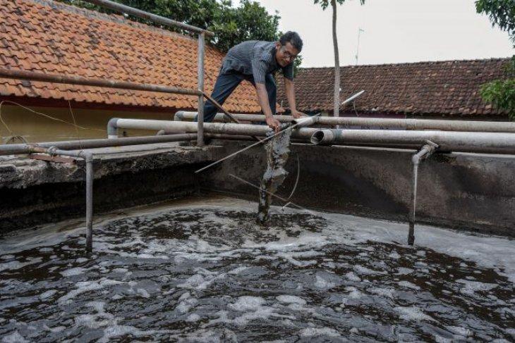Instalasi pengolahan air limbah Foto Page 1