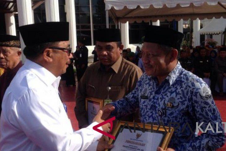 Penghargaan Untuk Petugas Imunisasi Measles Rubella