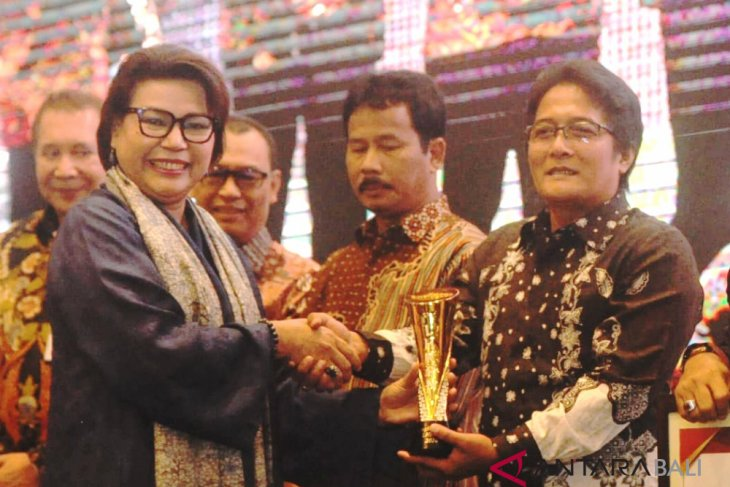 Badung raih penghargaan LHKPN 2018 dari KPK
