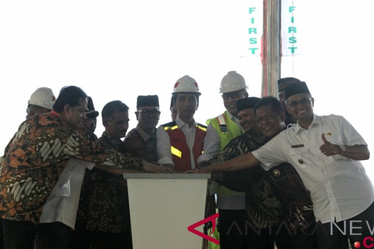 President launches construction of Aceh toll road