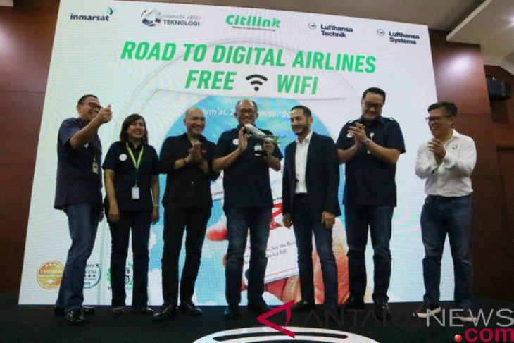 203 Pesawat Terbang PT Garuda Indonesia Akan Dilengkapi WiFi Gratis