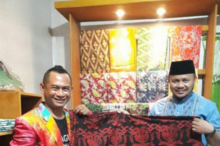 Disperindag Ternate sosialisasikan produk IKM halal
