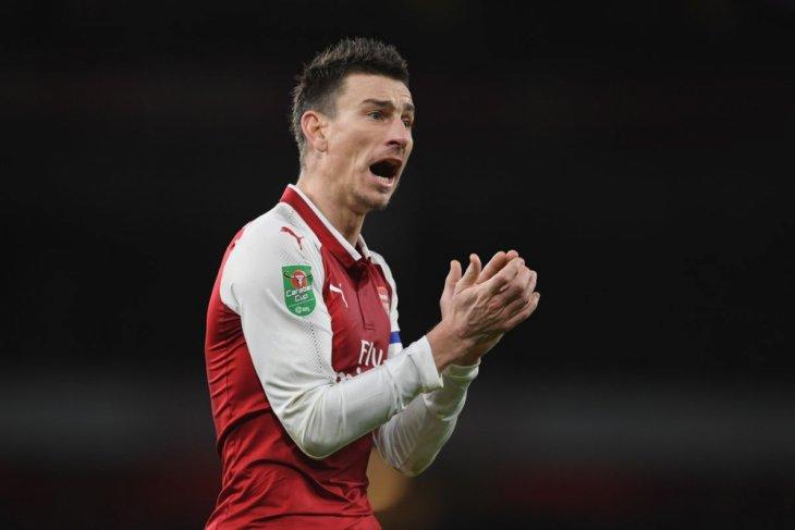 Emery buka suara perihal nasib Koscielny di Arsenal