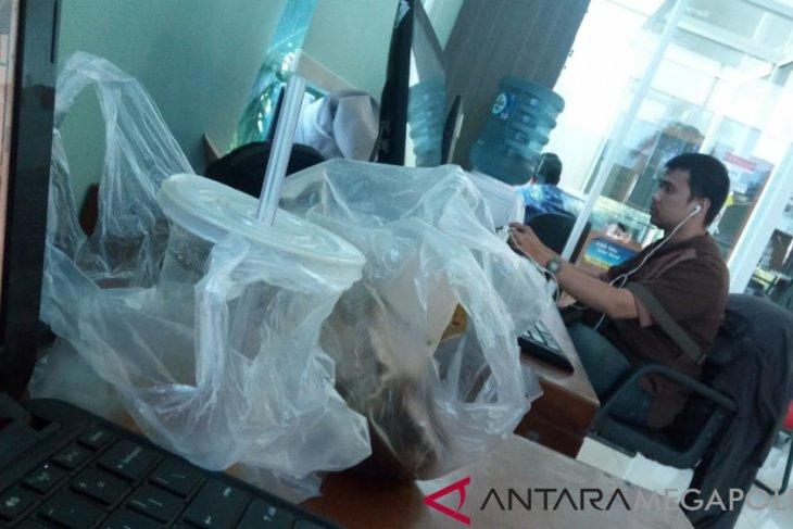 Larangan kemasan plastik belum diterapkan optimal di Kota Bekasi