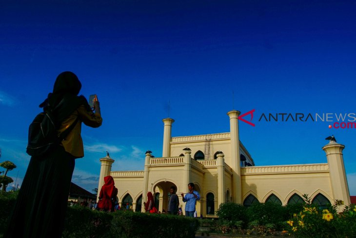 Istana Siak dikunjungi 25 ribu  wisatawan