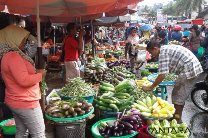 Pasar Mardika dibangun modern dan terintegrasi dengan areal komersial