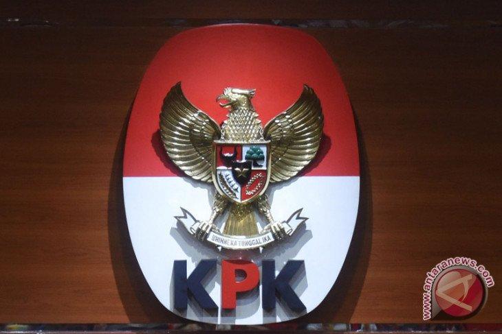 Bupati dan Wabup Muarojambi penuhi panggilan penyidik KPK di Mapolda