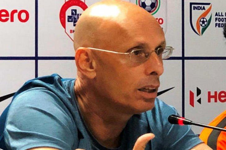 Pelatih India mundur setelah tersisih di Piala Asia