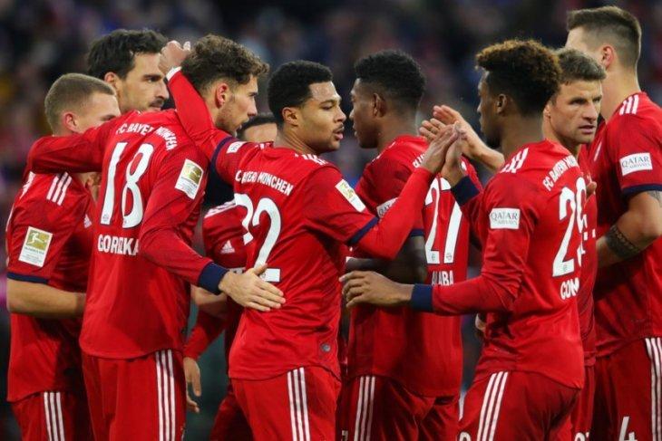 Cukur Stuttgart 4-1, Bayern Munich pangkas jarak keunggulan Dortmund